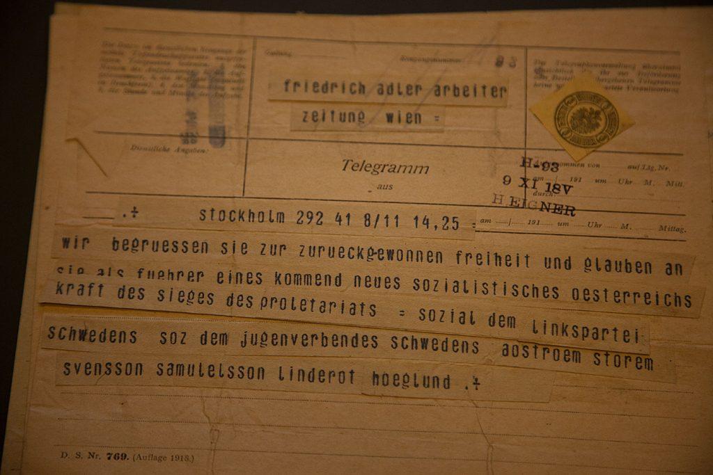 """… telegrammets avsändare var bl.a. """"Sven-Lasse"""" Linderoth, Zäta Höglund och Fredrik Ström."""